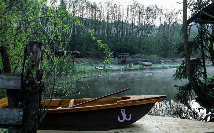 Pe lac